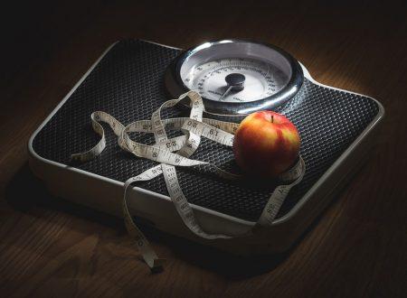 Viviamo in una società che istiga all'anoressia