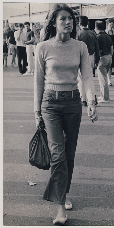 francoise-hardy-jeans Vintage Friday: come sono cambiati i jeans nelle varie decadi
