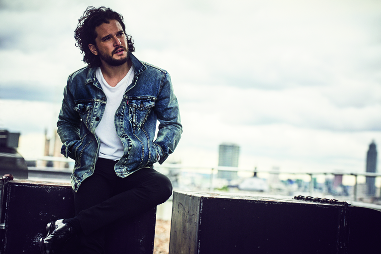 Kit Harington in rehab per alcool e stress: Jon Snow è crollato!