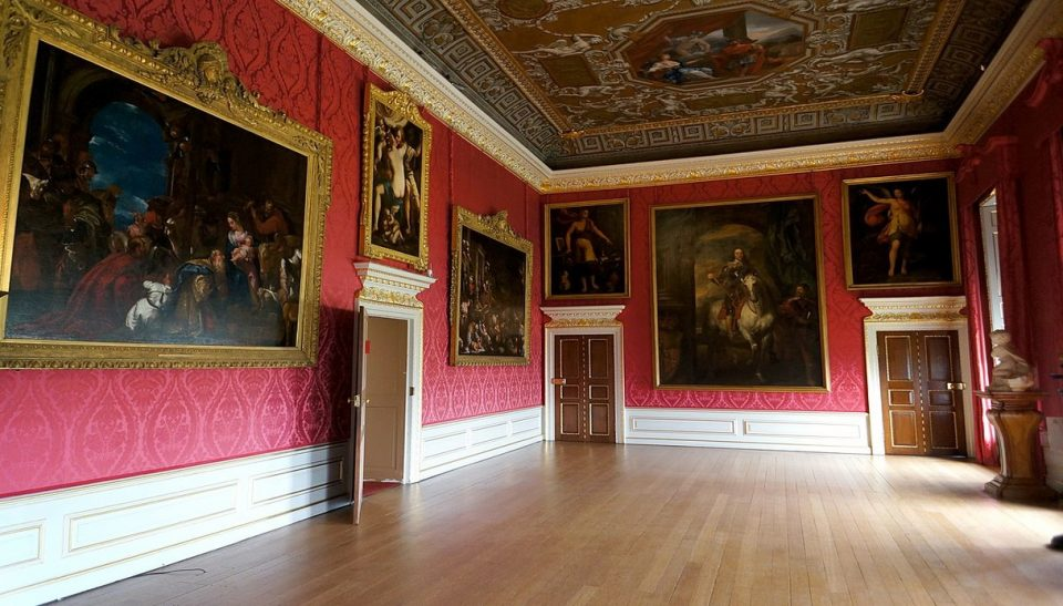 1200px-Kings_Gallery_Kensington_Palace-960x547 Ma quale Brexit!!!!