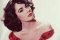 Elizabeth Taylor: La diva dagli occhi viola