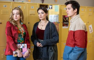 sexeducation2-320x204 Vintage Friday: i 10 migliori teen drama di sempre