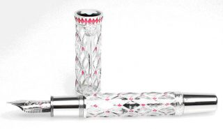 Prince-Rainier-III-Limited-Edition-81-320x185 Montblanc, il lusso in punta di penna!