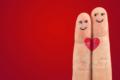 Perché abbiamo paura della felicità in amore?